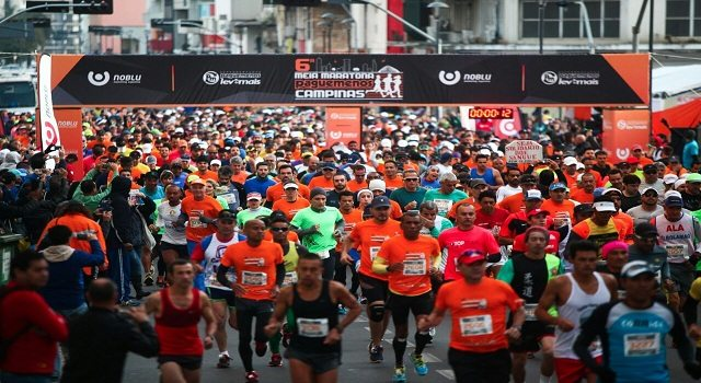 Foto da largada da Meia Maratona Pague Menos Campinas