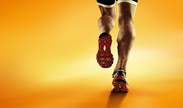 Pessoa correndo e entendendo como correr cinco quilômetros