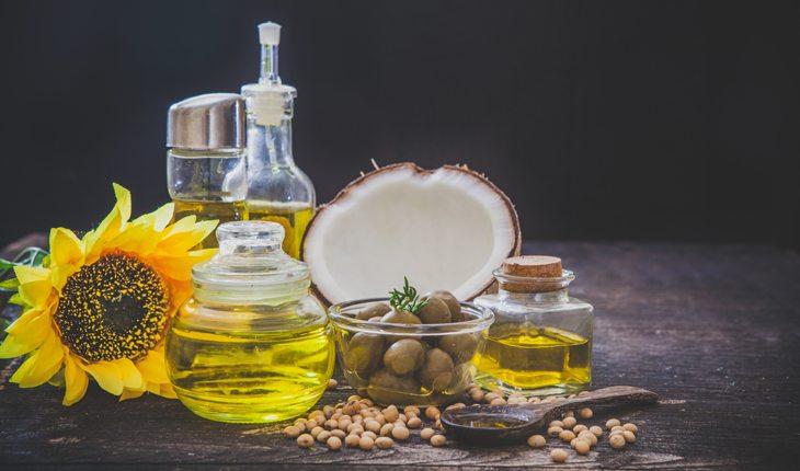 Alimentos para evitar caso queira emagrecer: óleo de canola