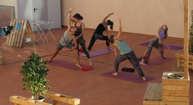 barcelona hostels para praticar yoga