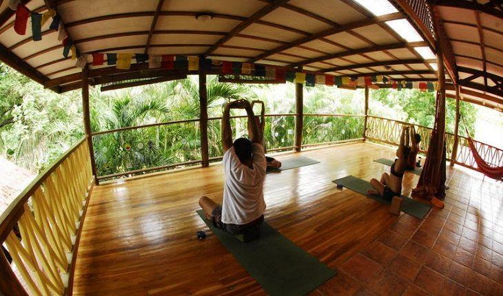 Entre os hostels para praticar yoga está a Casa Zen Guesthouse & Yoga Center, Costa Rica.