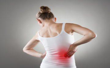 imagem mulher dor rins proteínas