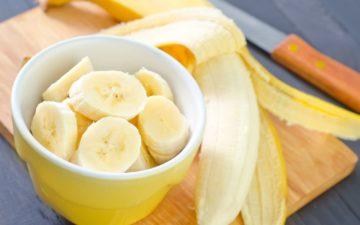 Banana serve como a fruta perfeita para os esportistas