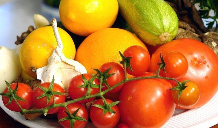 frutas legumes alimentos nutrição esportiva