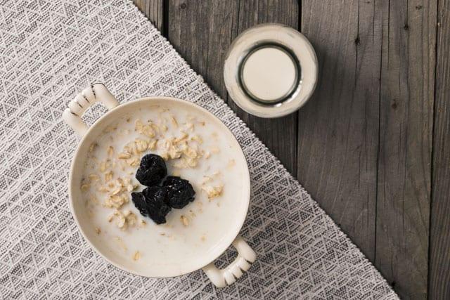 Aprenda 4 receitas incríveis de leite vegetal fáceis de fazer