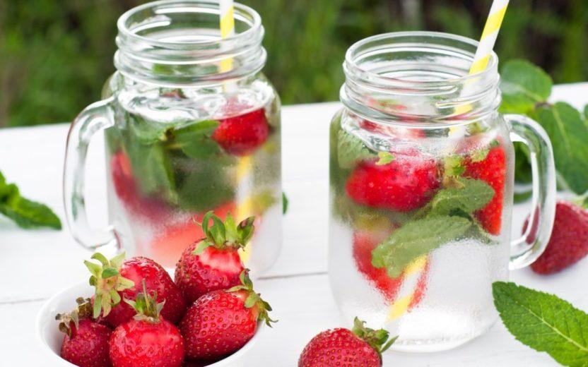 Água aromatizada: 15 receitas saudáveis e nutritivas