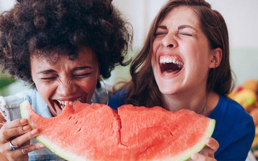 Melancia une refrescância e vantagens para a saúde