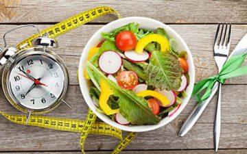 Carnaval em forma: na foto, prato com salada e uma fita métrica ao lado