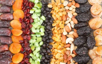 Pedaços de frutas vitaminas para ganhar massa muscular