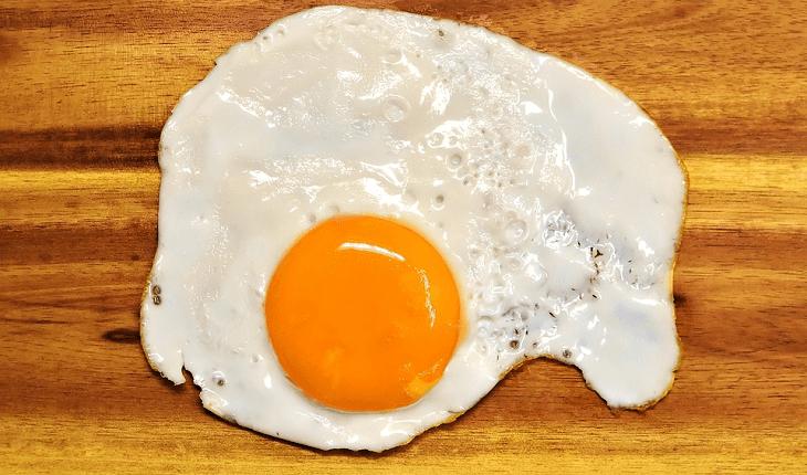 Alimentos que ajudam a desintoxicar: ovo