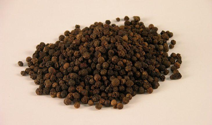 Especiarias: antioxidantes naturais. Na foto, pimenta do reino