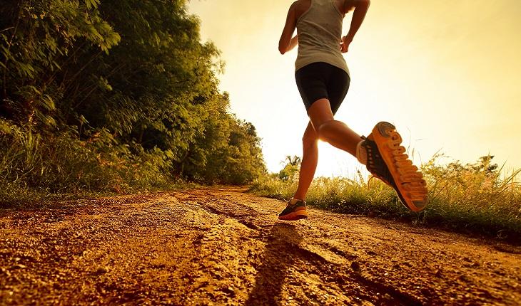 Mulher, correndo, ginástica, atividades, físicas