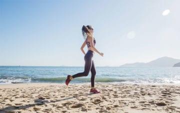Treino na praia: confira exercícios para fazer na areia