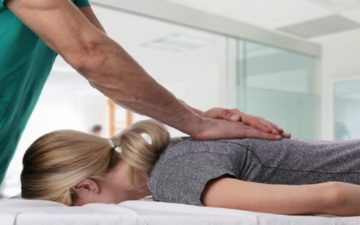 Osteopatia: tratamento manual e natural evita dor no treino