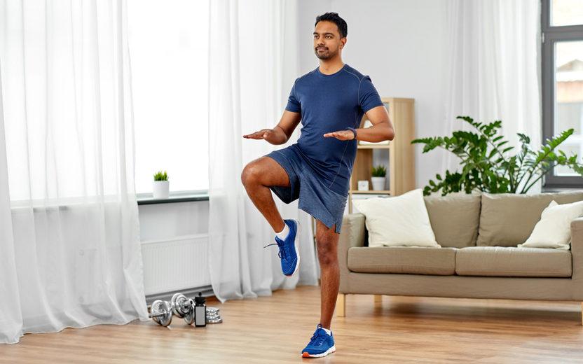 Exercícios em casa: Conheça 5 para eliminar as gordurinhas do corpo
