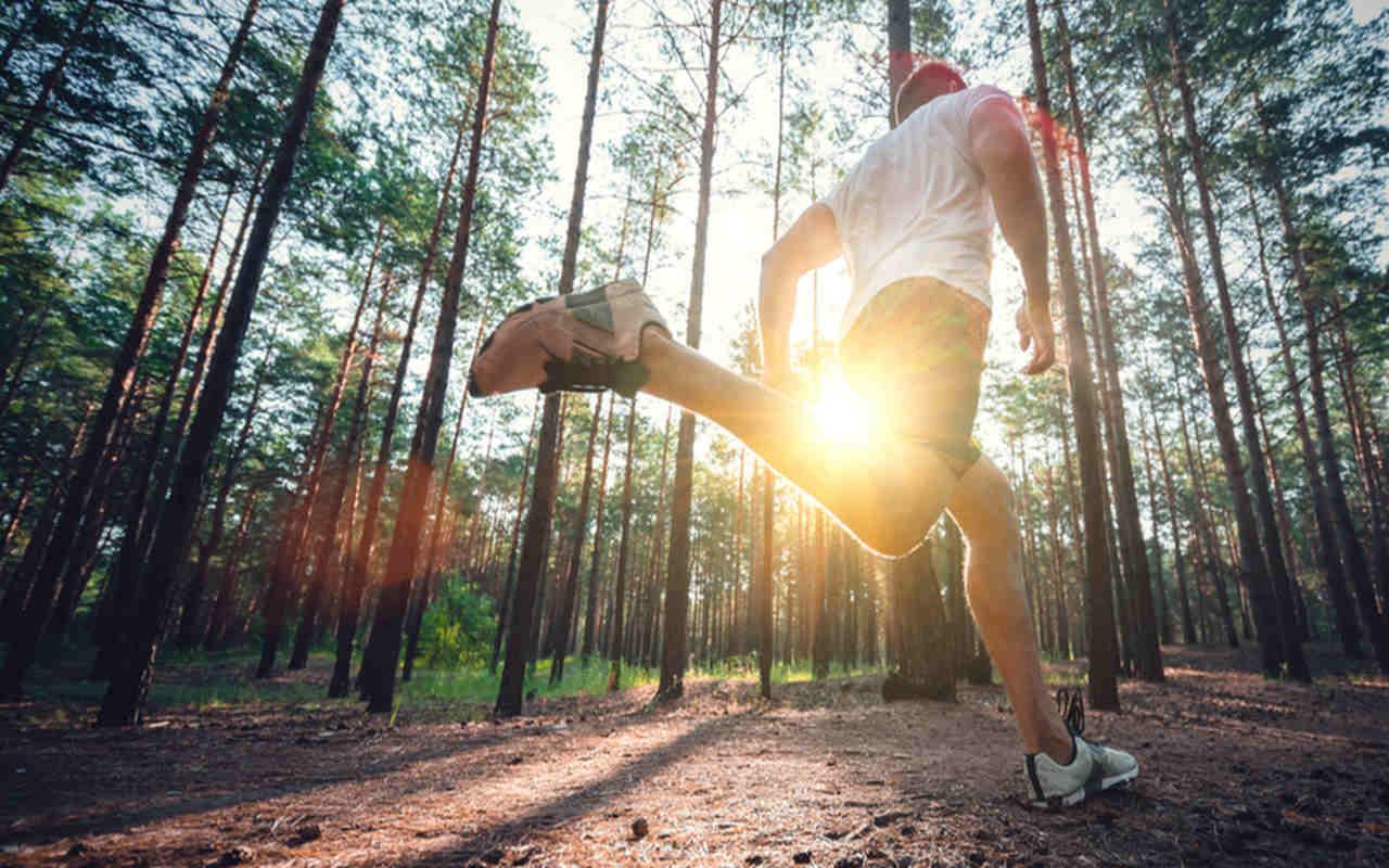 Correr bem cedo ou à noite? Saiba os prós e contras de cada escolha