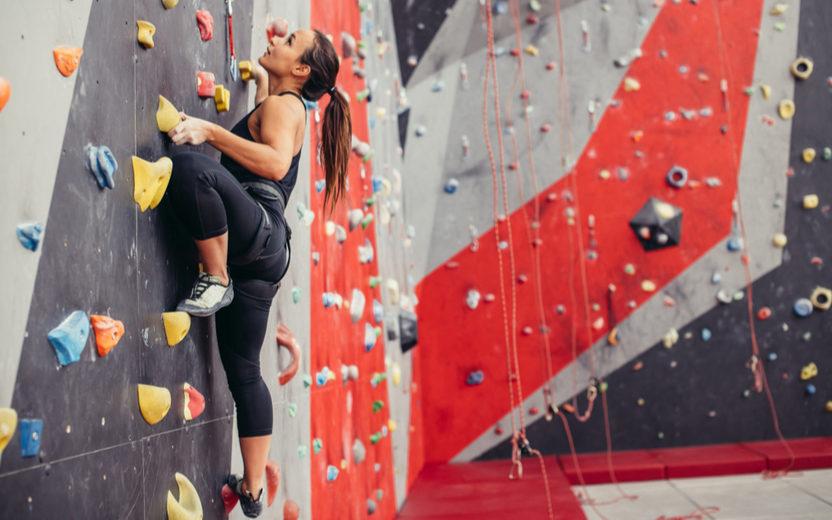 Pratique escalada e aprenda a solucionar problemas